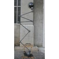 jielde lamp  6 arms .