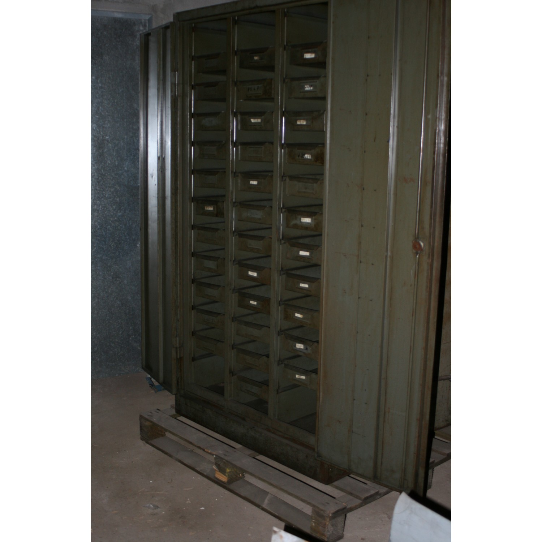 meuble usine multi rangement m tal vintage. Black Bedroom Furniture Sets. Home Design Ideas